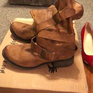 Steve Madden designer boots